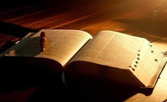 经典阅读与人文情境